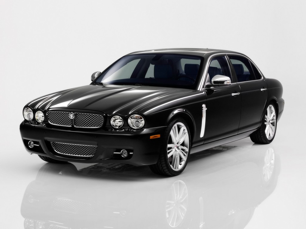 Jaguar_XJ__2_.jpg